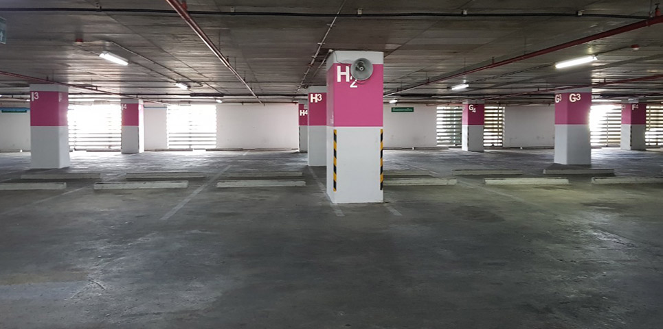 photo-of-Centara-Watergate-Pavillion-parking-big1