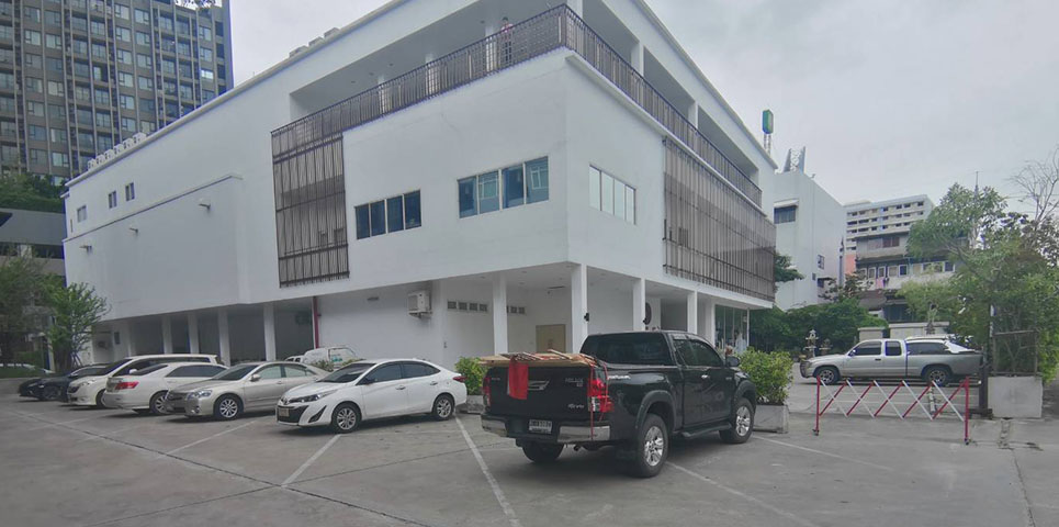 photo-of-Centara-Watergate-Pavillion-parking-big4